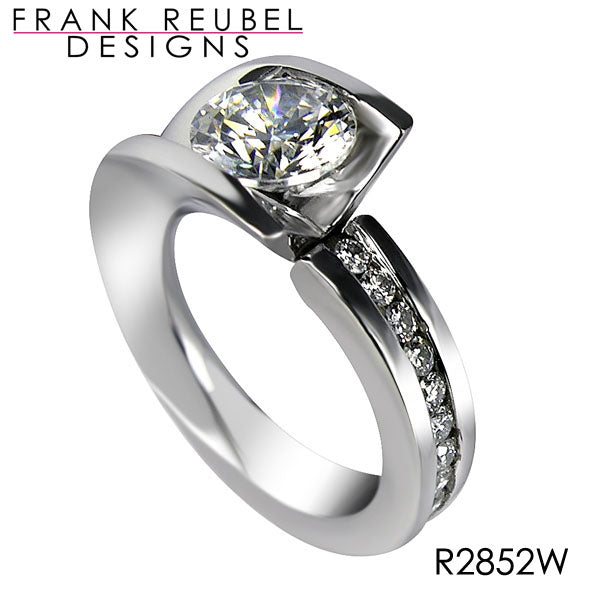 APA3728 - 14 Karat White Gold Frank Reubel Ring