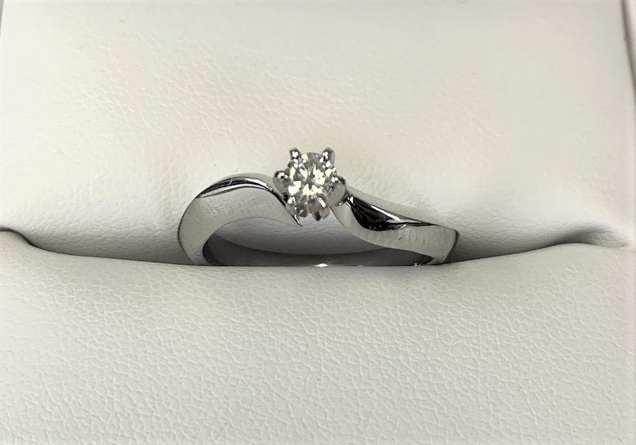TA7370 - 14 Karat White Gold Custom Engagement Ring
