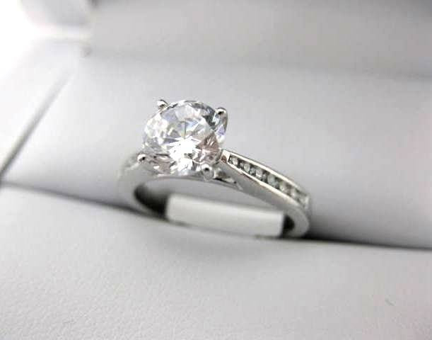 White Gold La Vie Engagement Ring 115006-S