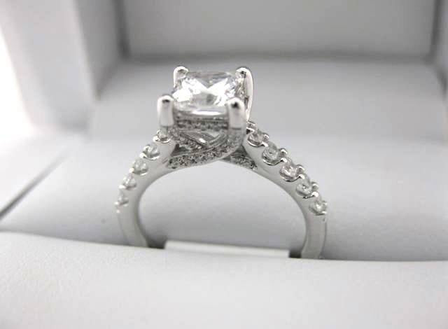 White Gold La Vie Engagement Ring 115259-100