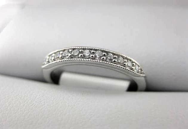 White Gold La Vie Women's Wedding Band 115282-W