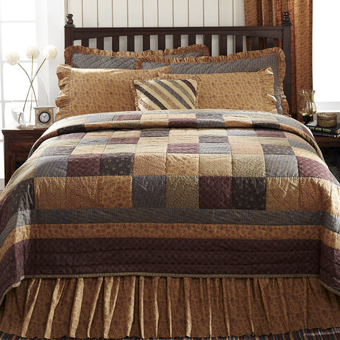 Lewiston Quilted Bedding Set