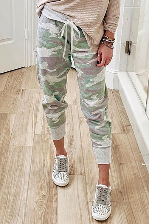 Luluautumn Camouflage Print Lace-Up Slacks