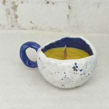 Load image into Gallery viewer, Natural beeswax candle, 100% natural, in coffee cup container, blue, lavender