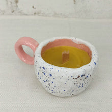 Load image into Gallery viewer, Natural beeswax candle, 100% natural, in coffee cup container, pink lavender