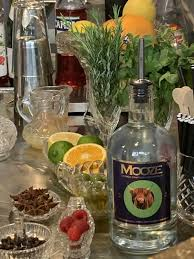 Enjoy a healthier drink with Mooze 12%, new indie brand of vegan spirit!