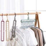 9-hole Clothes hanger organizer Space