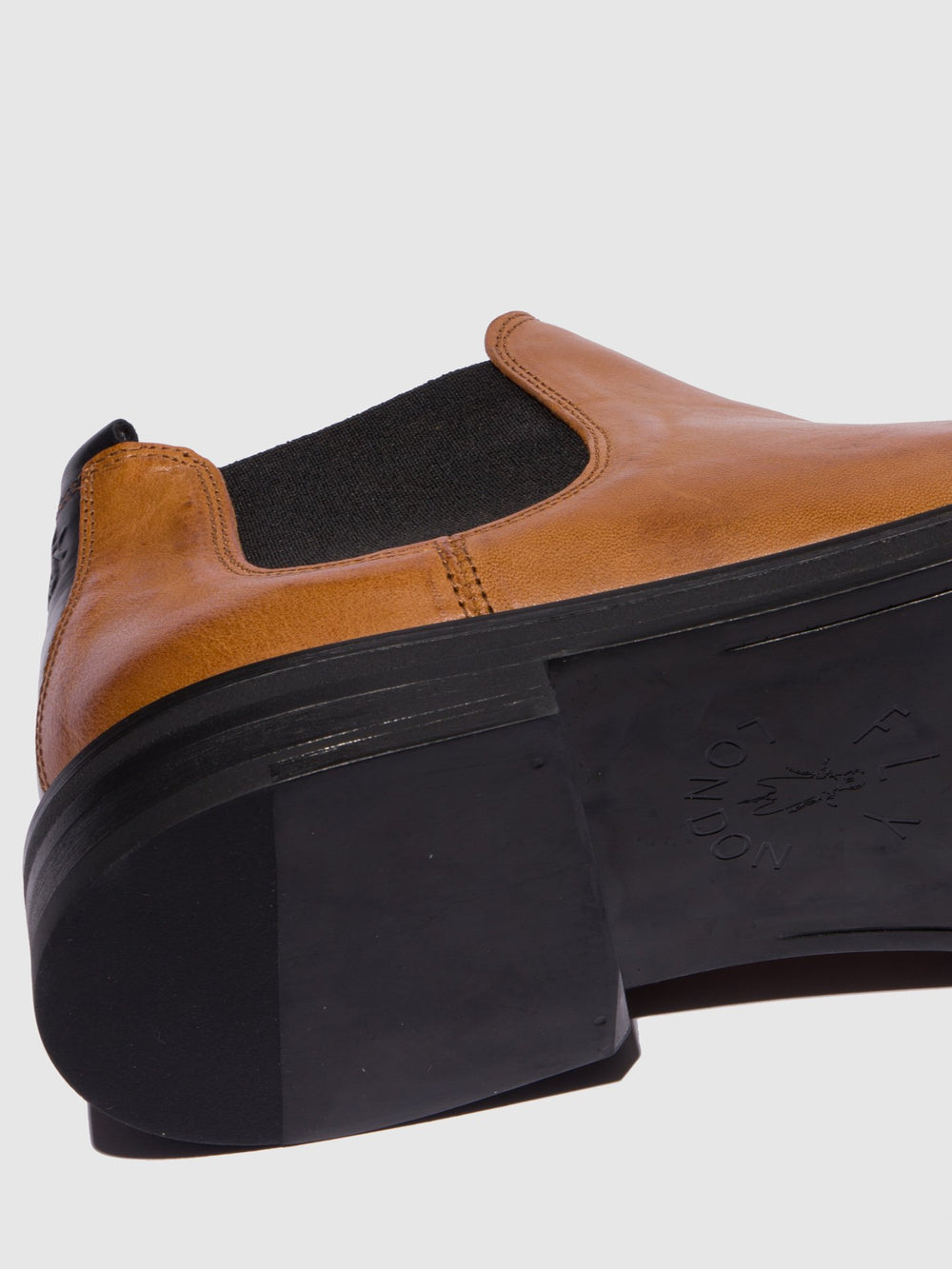 Chelsea Ankle Boots BASO600FLY CAMEL/BLACK