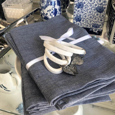 Table Set of 4 Navy White Speckle Napkins Serviettes Cotton plus 4 Napkin Rings