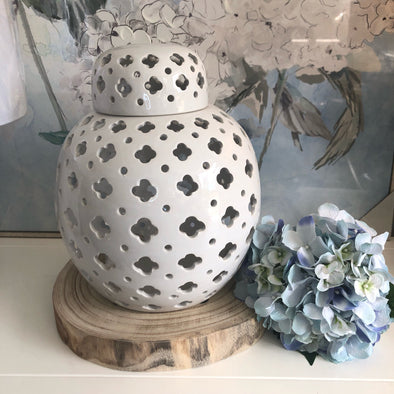 Gloss White Lace Ginger Jar - 36cm
