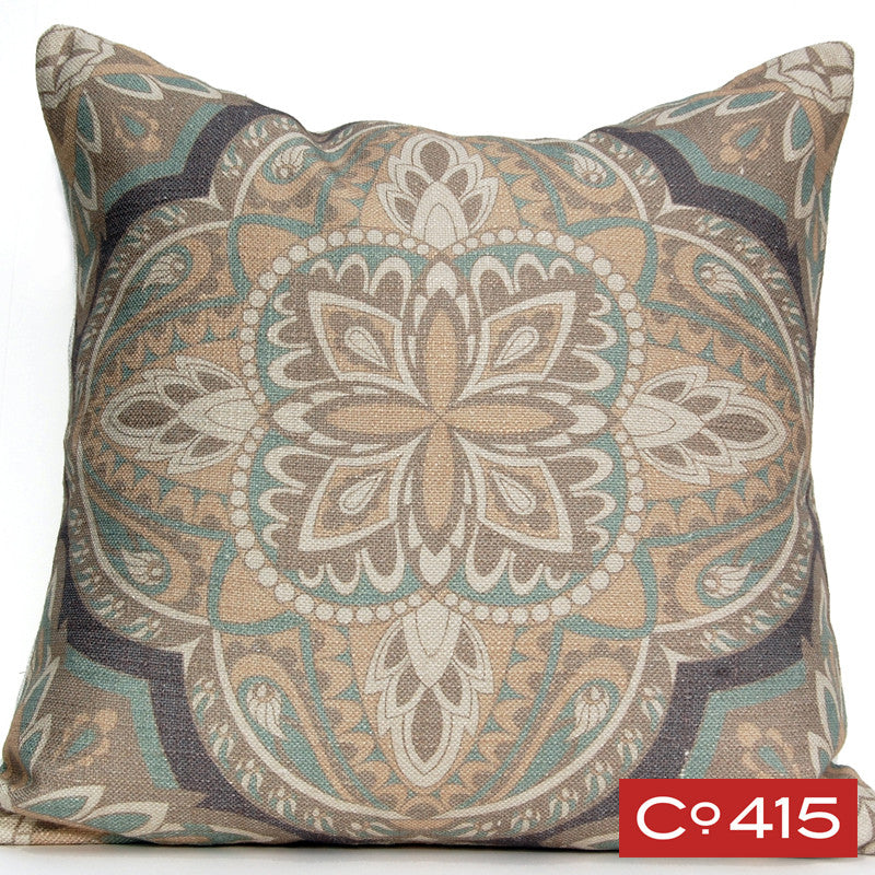 Quatrefoil Pillow - Gray