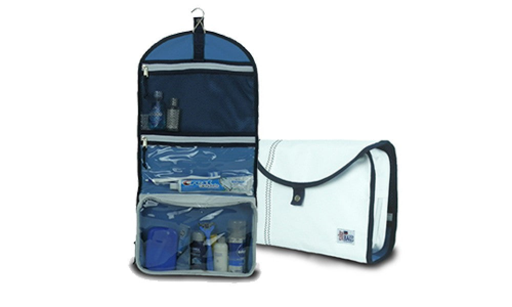 Newport Hanging Toiletry Kit