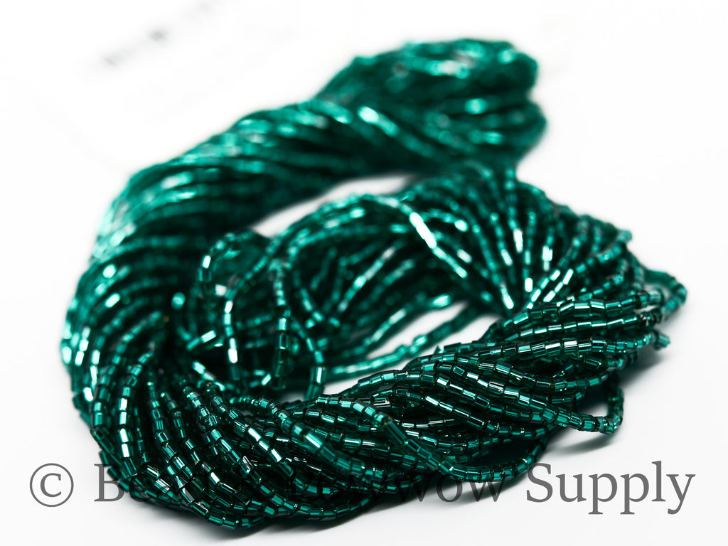 11/0 2-cuts Silver Lined Emerald