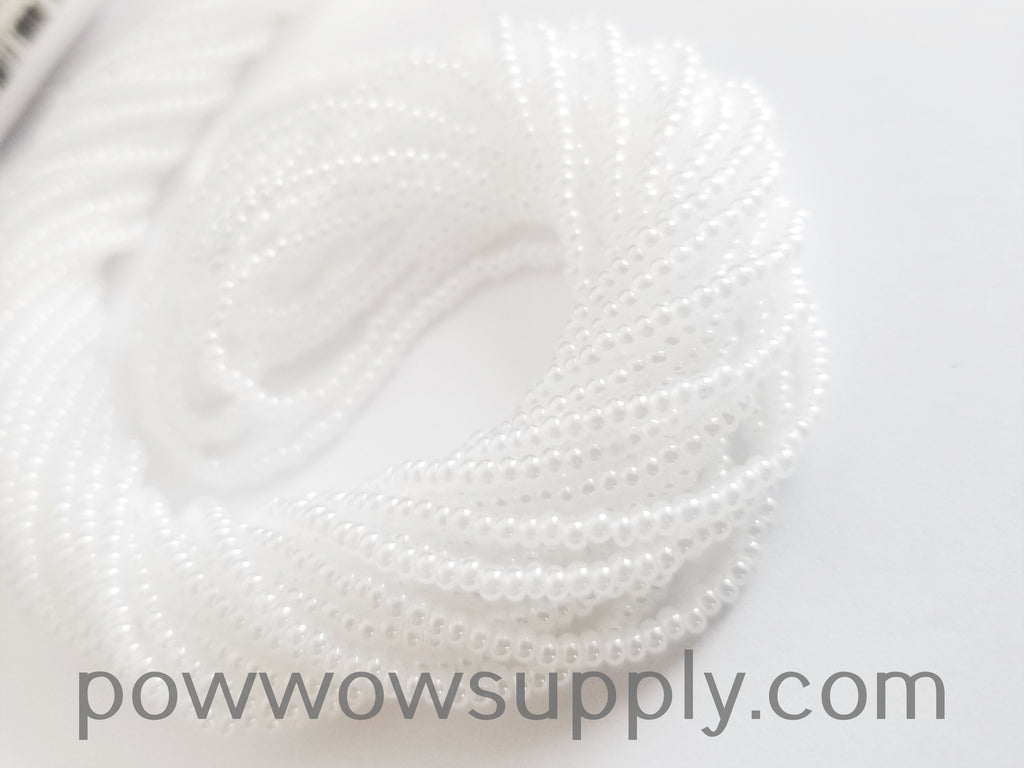 10/0 Seed Beads Pearl White