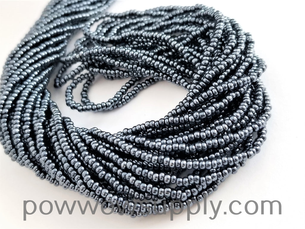 13/0 Seed Beads Metallic Gunmetal