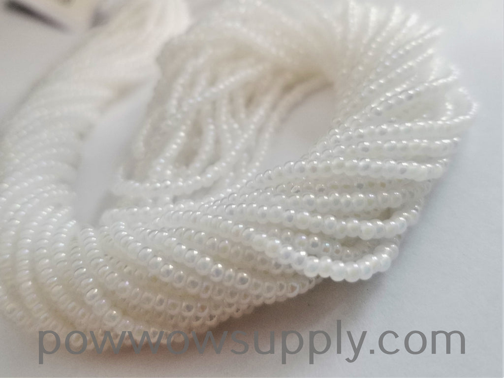 11/0 Seed Beads Opal AB White