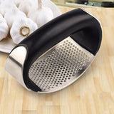 Stainless Steel Garlic Presser Curved Portable Garlic Grinding Slicer Chopper Cooking Gadgets Tool Kitchen Gadgets Accessories