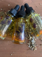 Load image into Gallery viewer, Sacred Yoni oil, 1 oz., Sacral Chakra Balance, Svadhisthana,  All Natural ingredients, PRE-Order Ships 2/1/2021 - Body Love Self Care Shop