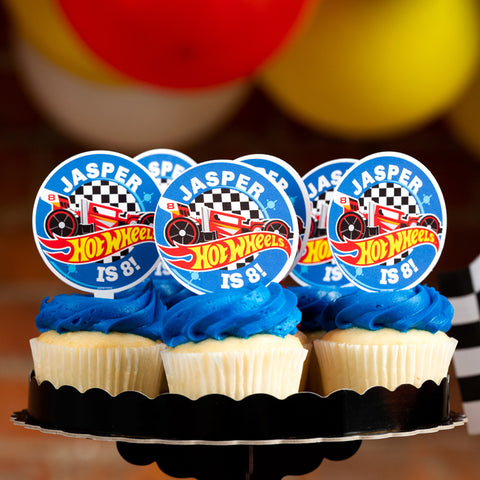 Birthday Party Favors Set of 10 Personalized Button,Cupcake Pin Favor,School Favors,Kids Party Favor,Boy Birthday,Girl Birthday,Pins