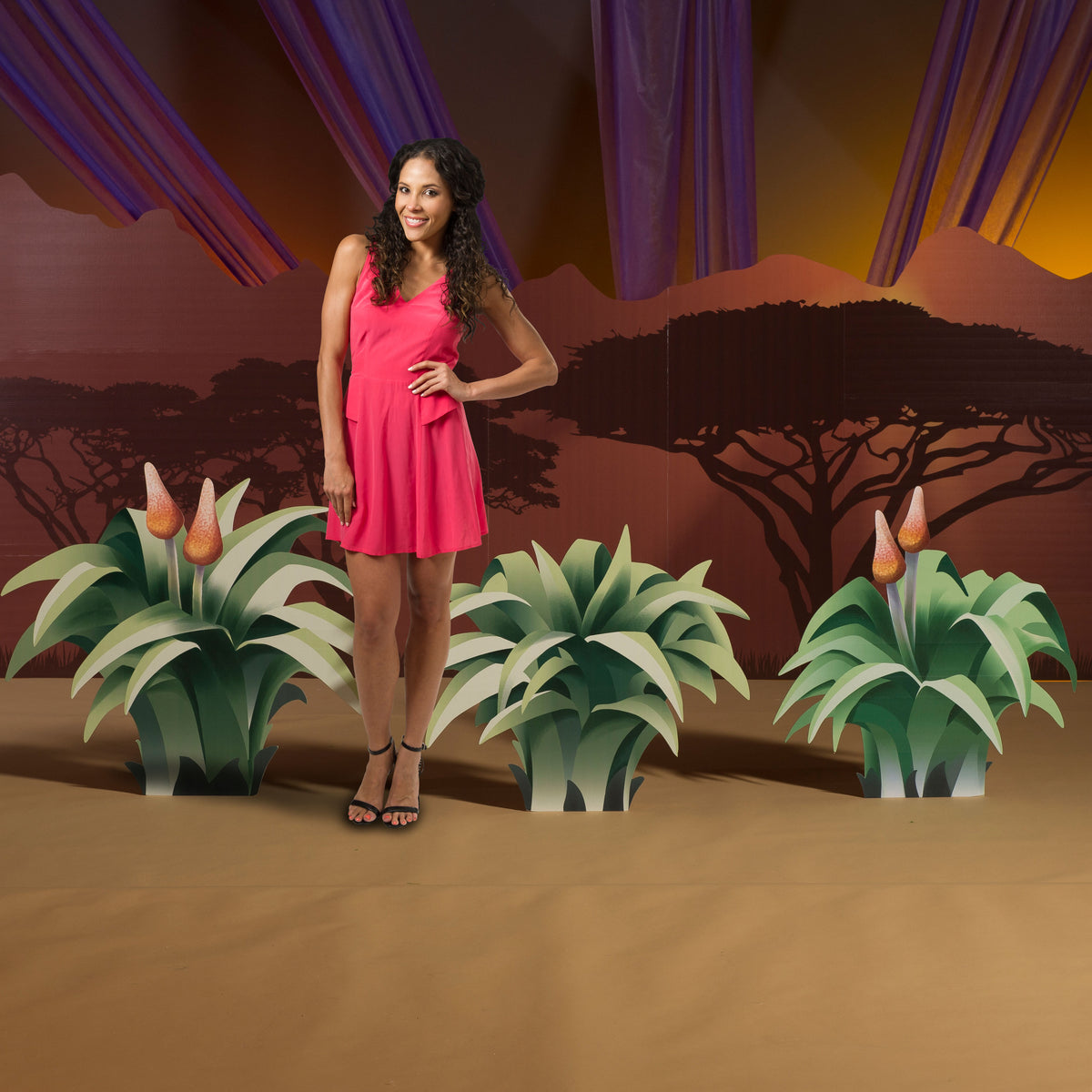2 ft. 5 in. to 2 ft. 11 in. Wild Safari Dreams Grass Standees