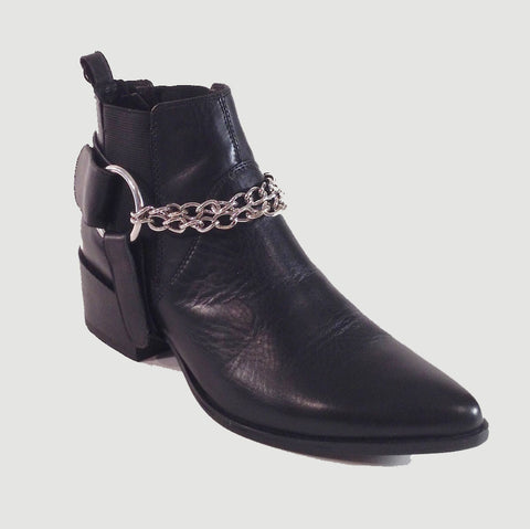1Undercover Anklet – black leather and chains