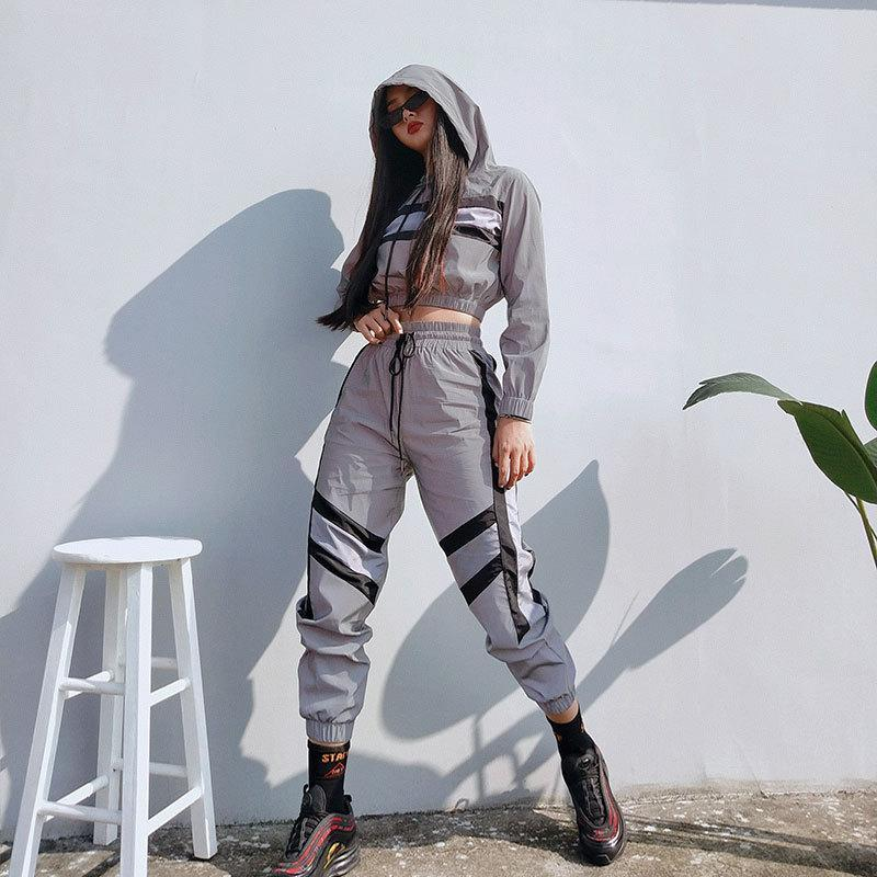 Fashion Street Reflective Light Sports Two-Pieces