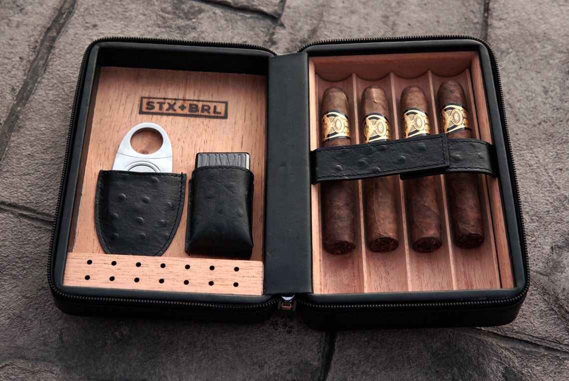 leather travel humidor with accessories
