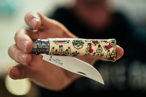 « All High On Me » Couteau Opinel n°8 X Lucas Beaufort (Rouge)