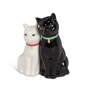 Cuddling Cats Salt and Pepper