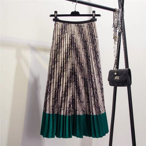 Western Snakeskin Pattern Pleated Skirt in Three Colors
