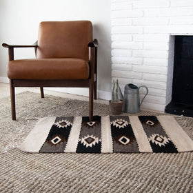 Handmade Oaxaca Wool Rug with Diamond Pattern in Two Colors