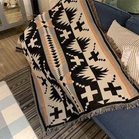 Geometric Pattern Polyester/Cotton Throw Blanket