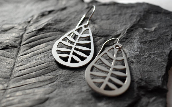Leafy Earrings in stainless steel