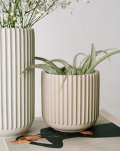 Load image into Gallery viewer, Short Ridged Vase - Sandstone