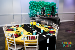 New York themed birthday tables