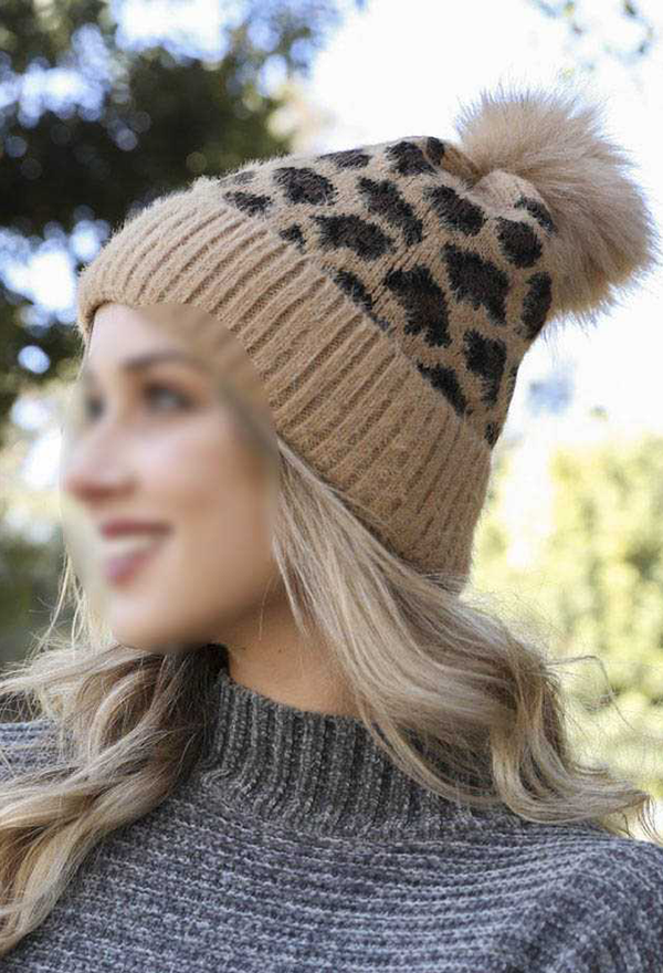 LEOPARD KNIT WITH POM POM BEANIE