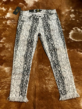 Load image into Gallery viewer, White Snake Skinny Jeans
