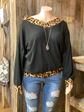 Load image into Gallery viewer, Leopard and Black Longsleeve
