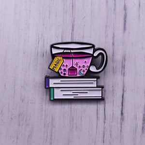 Tea and book lovers pin badge