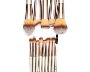 FACE BEAT BRUSHES