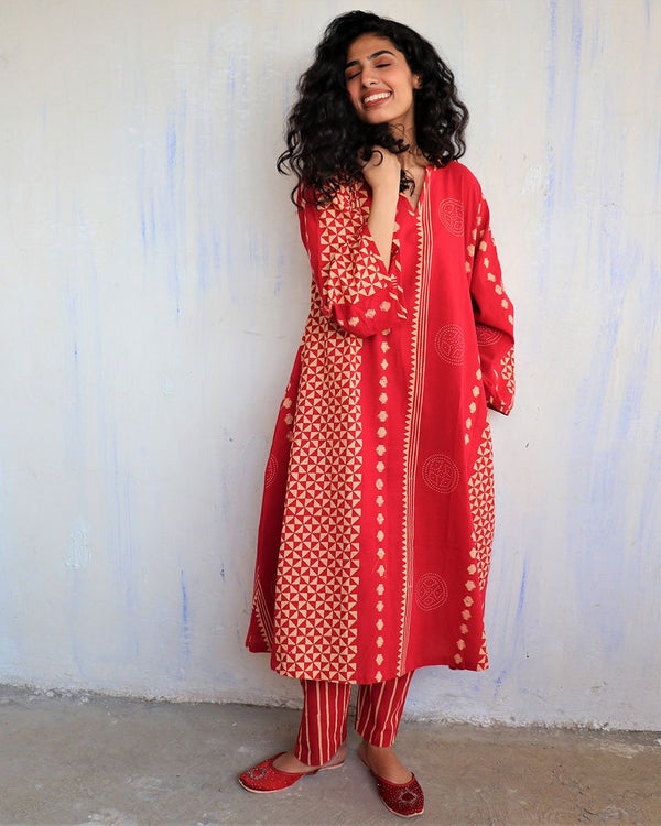 Red Block Printed Cotton Kurta Set -Easy