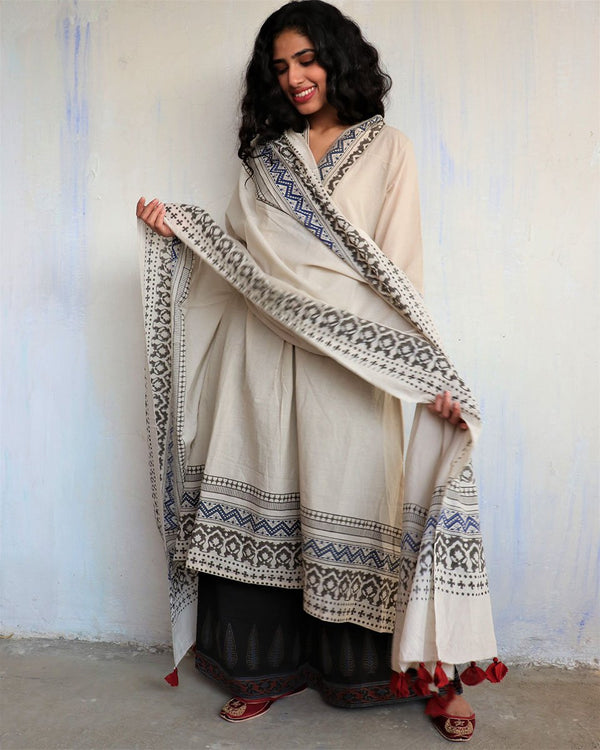 Ivory Block Printed Cotton Dupatta -Easy