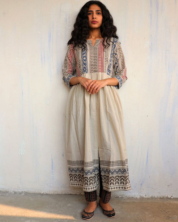 Ivory Handprinted Pure Cotton Kurti Set of 2