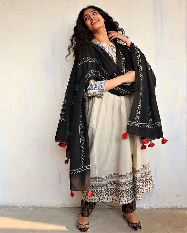 Black Block Printed Cotton Dupatta -Easy