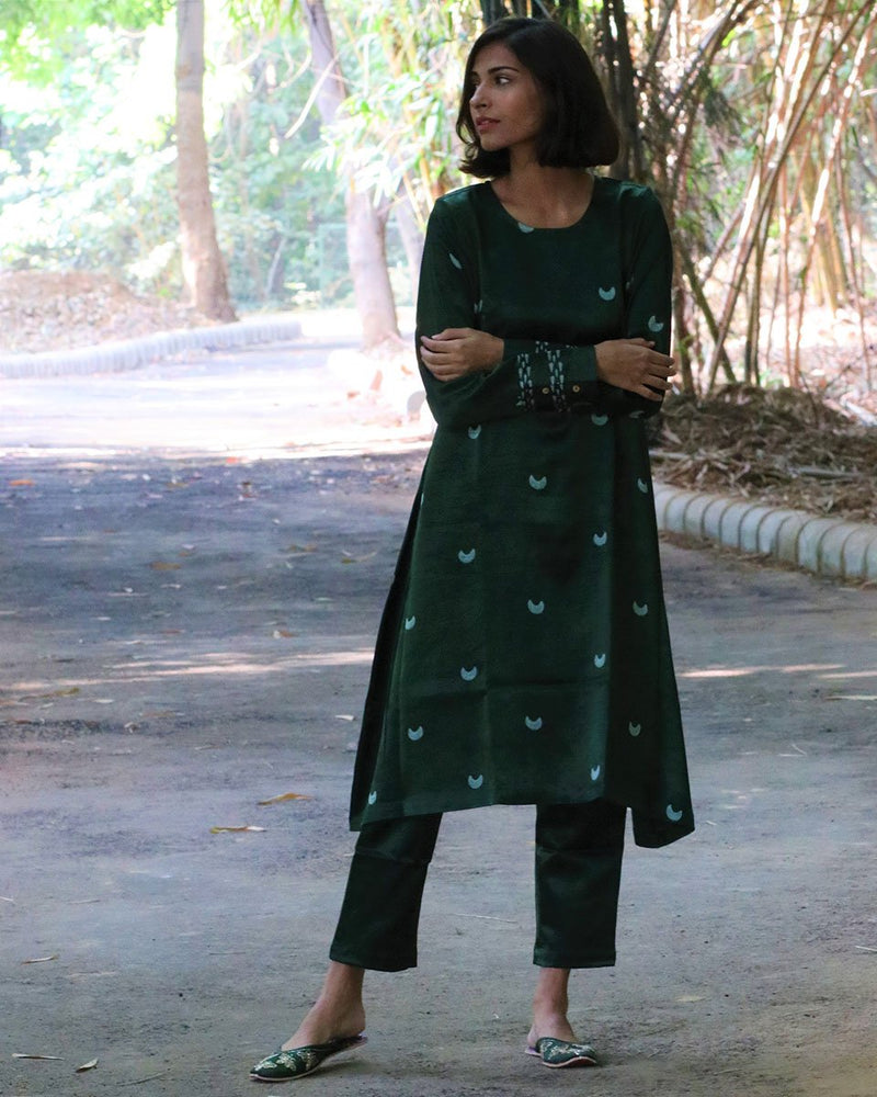 GREEN BLACKPRINTED MASHRU KURTI SET OF 2