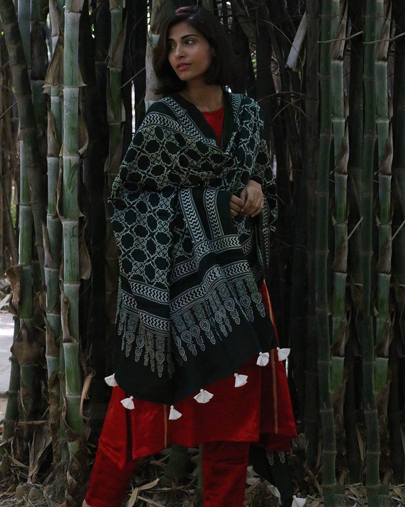 GREEN BLOCKPRINTED MODAL SILK DUPATTA