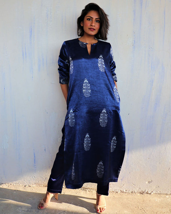 BLUE BLACKPRINTED MASHRU KURTI SET OF 2