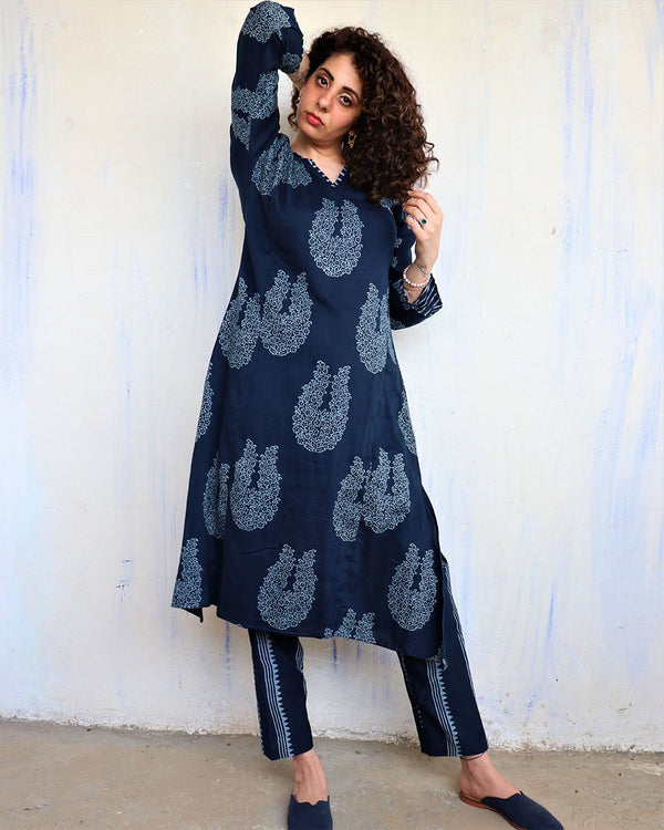 Blue Booti blockprinted Kurta & Bottom (Set of 2) - Hibiscus