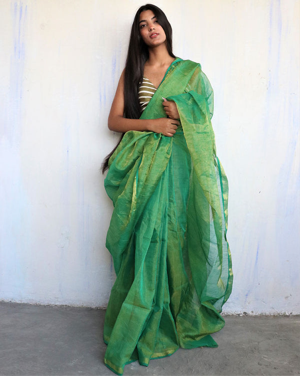 Green Handwoven Linen Zari Saree - Melting Moon