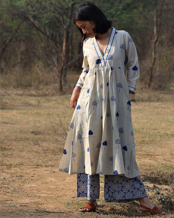 Beige blue blockprinted lotus kurti set of 2